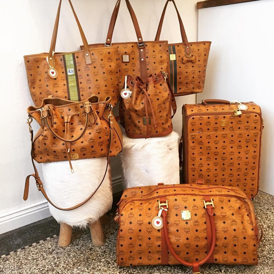 Ab 11 Uhr Findet Ihr Heute Wieder Wunderschone Mcm Und Louis Vuitton Taschen In Unserer Boutique Viele Modelle Findet Ihr Mcm Bags Mcm Handbags Luxury Purses