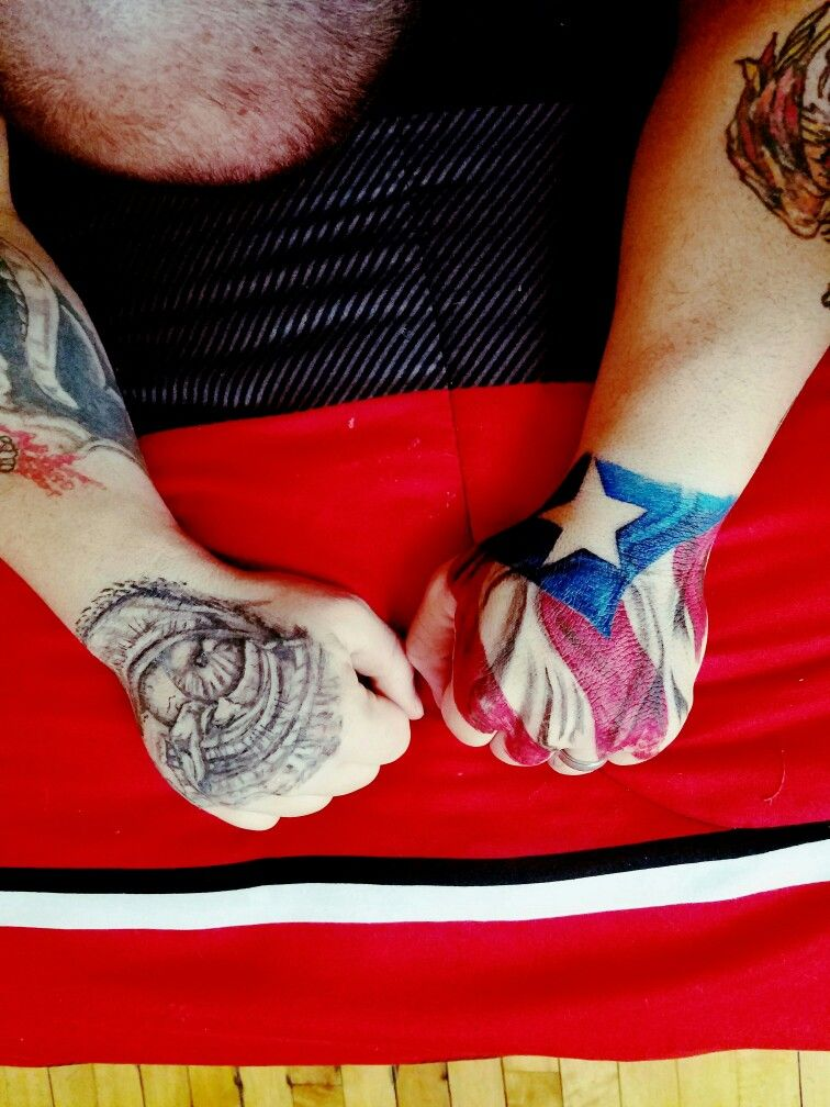 Hand Tattoo Puerto Rican Flag Hand Tattoos Larry Tattoos Back Tattoos For Guys