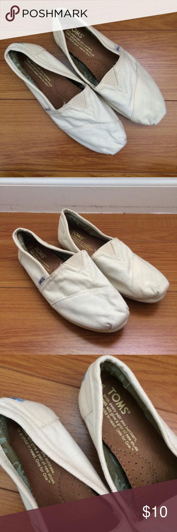 Cream color Toms ~cream colored Toms, size 7.5 TOMS Shoes
