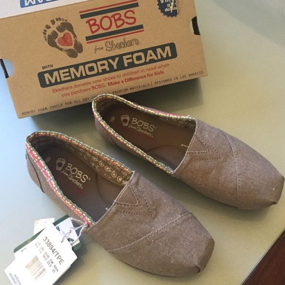 Bobs Memory Foam Shoes 6 Nib Size 6 Tan With Aztec Embellishment