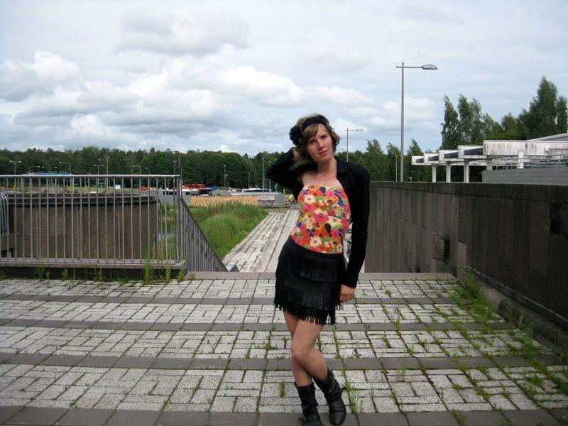 rakasta naura elä: Effleurage  Rakasta Naura Elä -blogin Paulalla ihana tyyli ja Jostia-tyllipanta!
