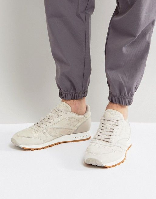 Reebok Classic Suede Gum Sole Sneakers In Beige BS7893