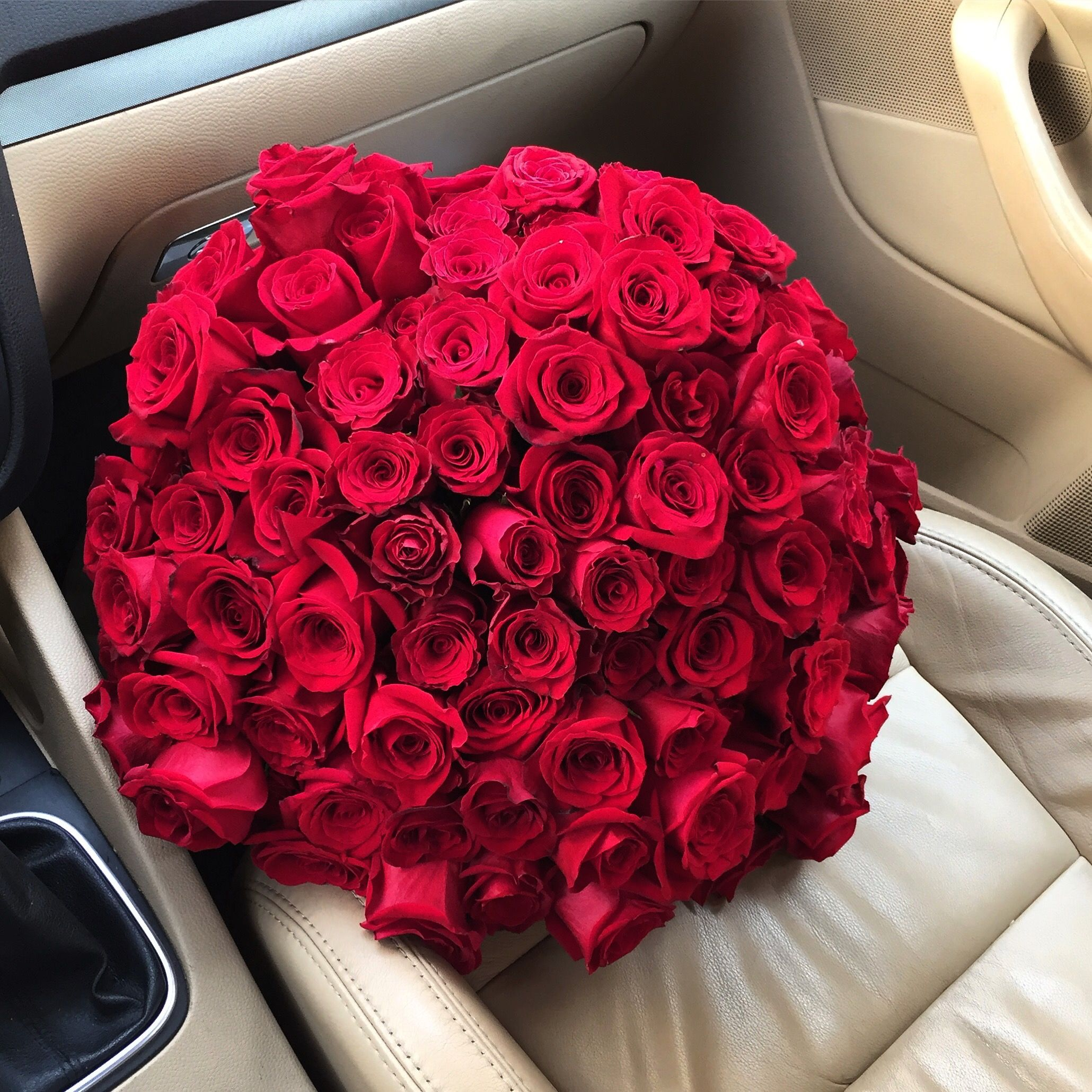 Pinterest Whywhyn0t Roses Bouquet Gift Luxury Flowers Romantic Flowers