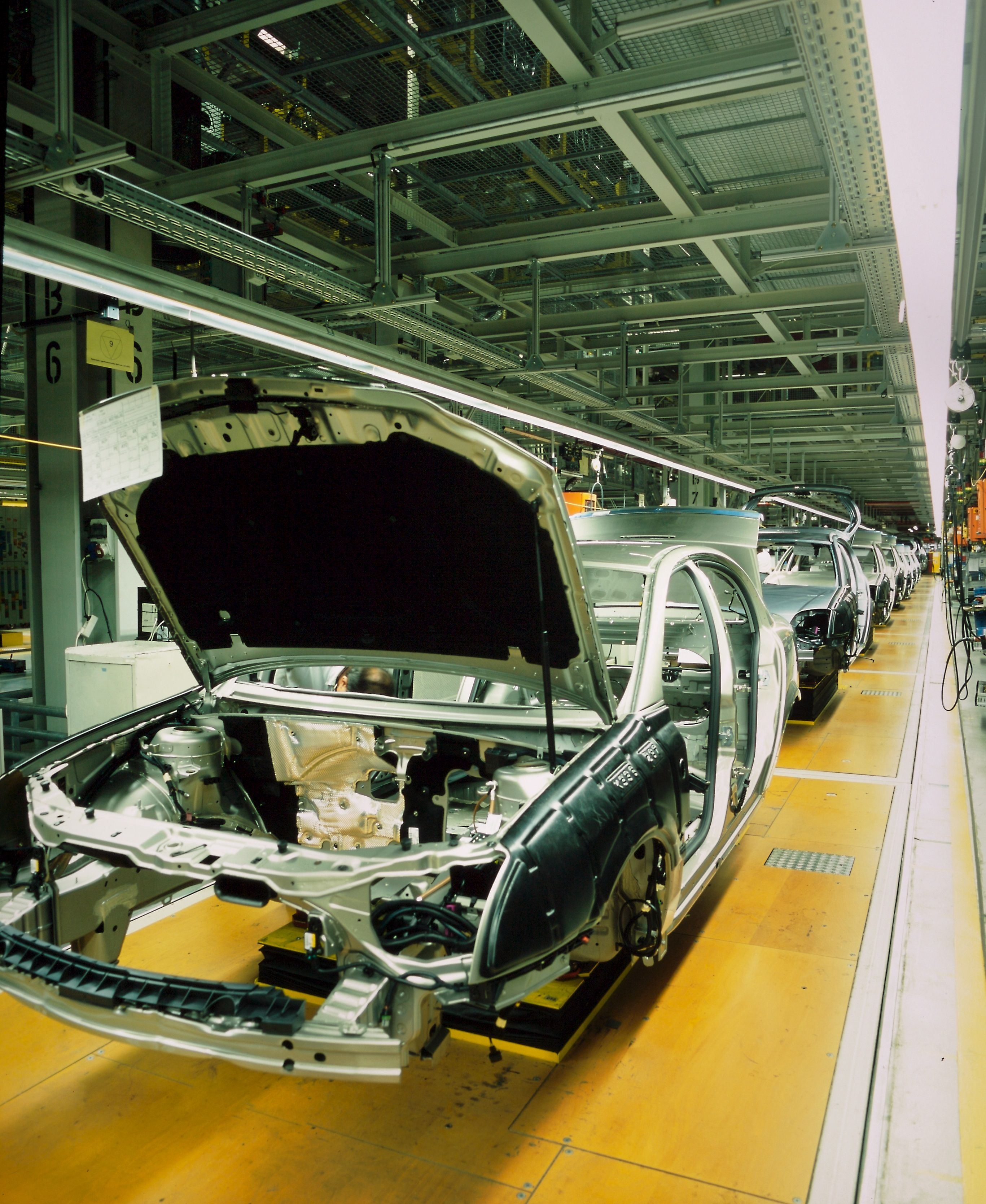 More than 1.5 million cars were made in the UK last year, a six-year ...
