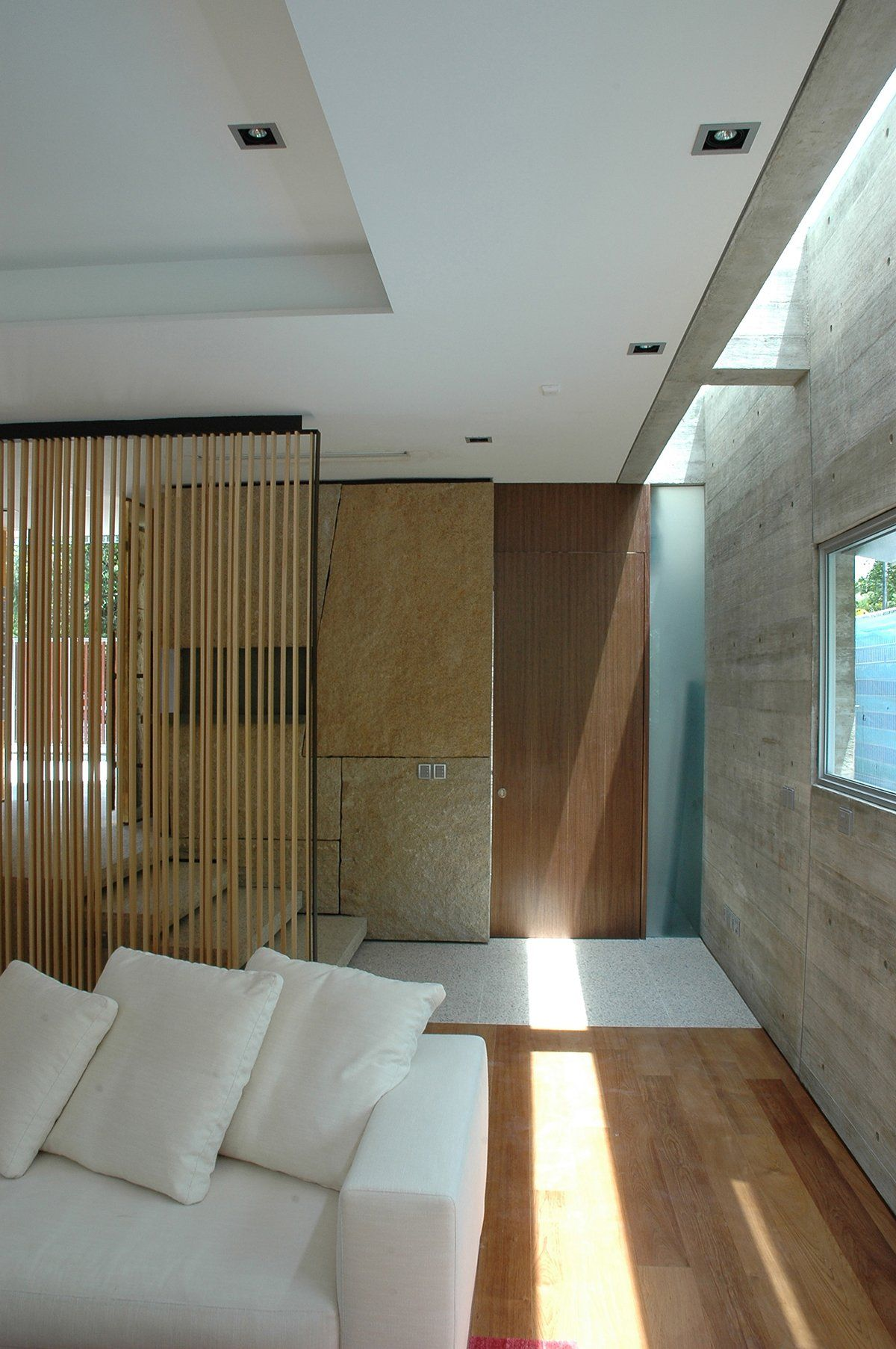 Sunset Vale House By Wow Architects Iluminacion Interior Focos