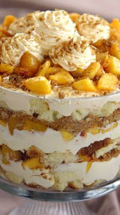 Peach Cobbler Trifle #peachcobblercheesecake
