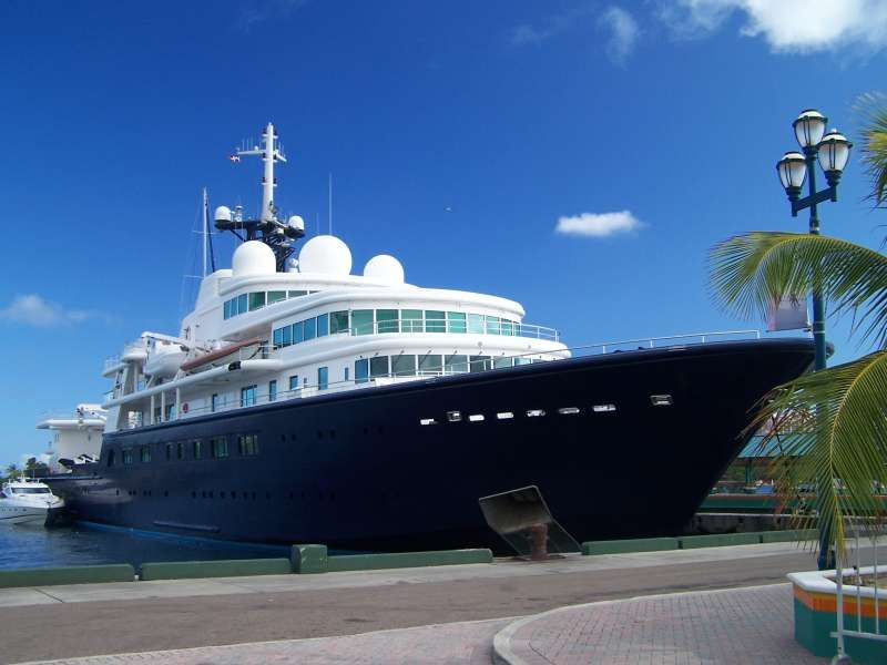 Le Grand Bleu Yacht Le Grand Bleu Imo 1006829 Callsign Zcdf7 Ship