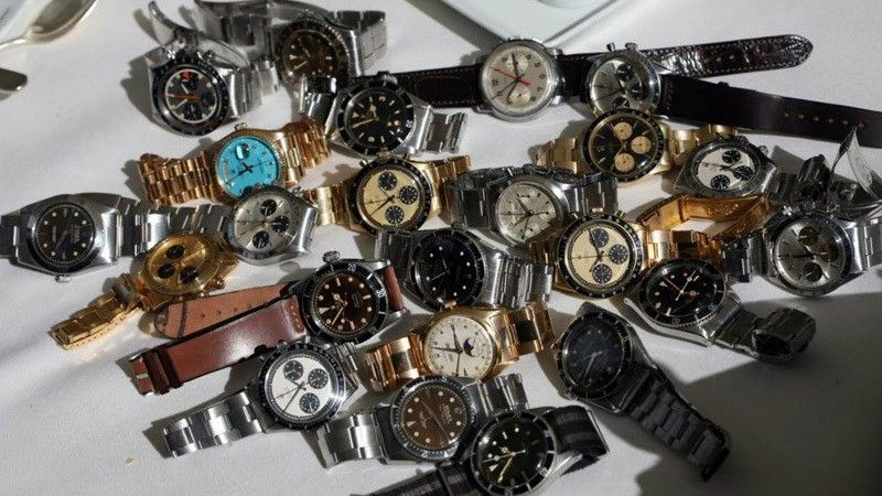 A Vintage Rolex Marketplace where the most trusted dealers put their watches on display. Only the best vintage Rolex for sale!