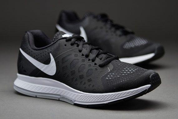 2a4ec21bd567b Zapatillas de correr Nike- Deportivas Nike- Zapatillas Nike Zoom Pegasus 31  para mujer- Negro-Blanco