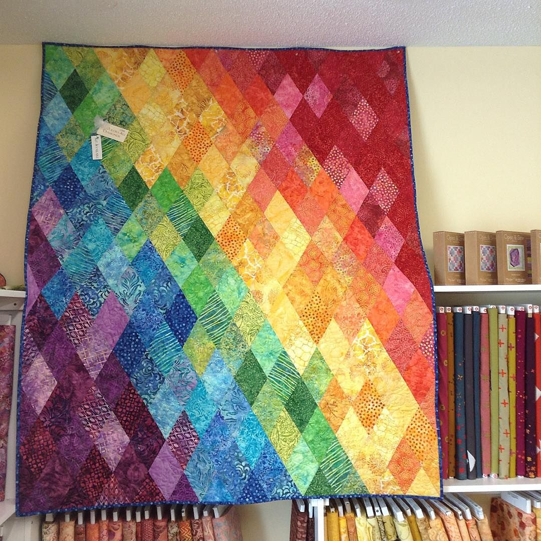 hanging out with the patty and anne at park bench quilt shop in