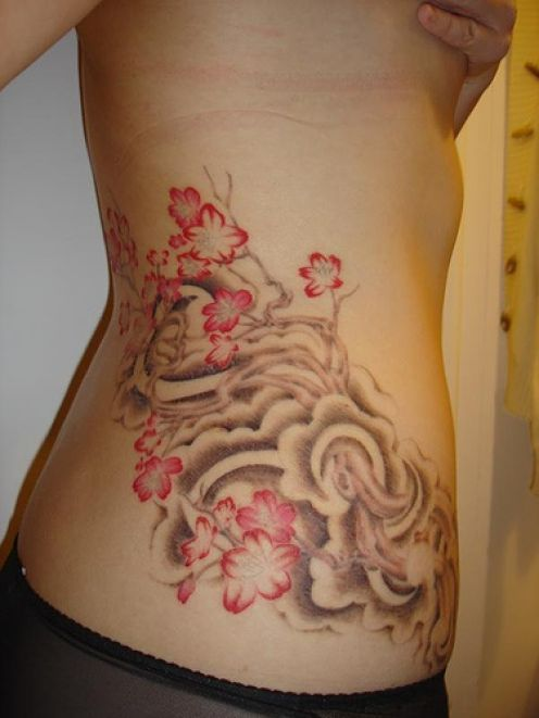 Stomach tattoos to cover stretch marks tattoos pearcing for Tattoo over stomach stretch marks