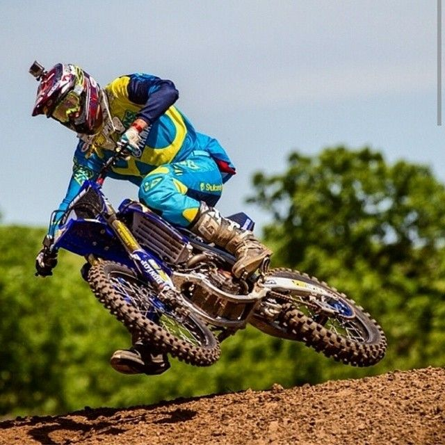 @Bbloss33 and 1000 other amateur motocross riders are gearing up for a week of racing at @lorettalynnmx.  Good luck to everyone competing at this prestigious event. #smithoptics #smithismoto