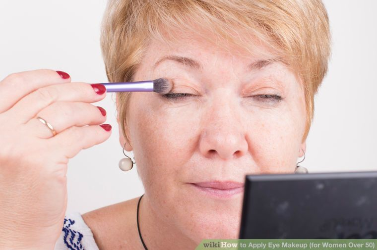 How To Apply Eye Makeup For Women Over 50 With Pictures Makeu
