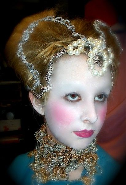 Queen Of Hearts ELIZABETHAN Hair Style And Makeup