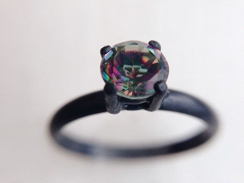 Anillos De Compromiso Que Desbordan Color Y Amor Jewelry