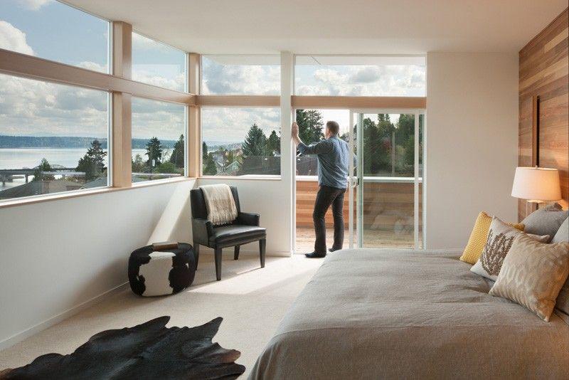 Holz , Windows Sterne in der Modernen Seattle Haus Mit Blick