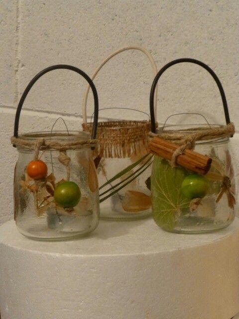 Vasetti di vetro diventano porta lumini decorati con fiori - Vasetti vetro decorati ...