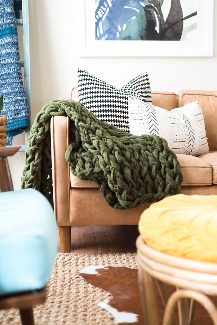 Como fazer cobertor usando apenas os braços - Tricô de braço  659858eb1d1