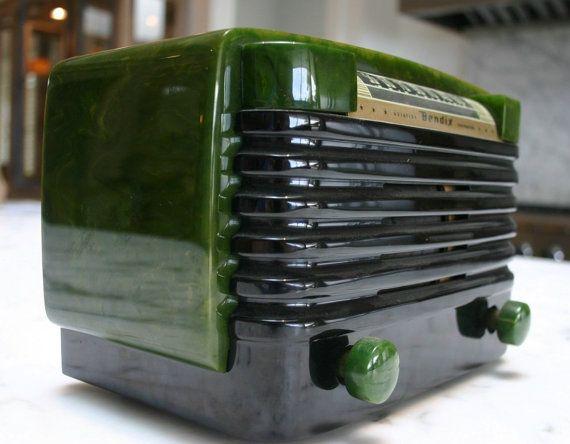 Jahrgang 1947 Bendix verwirbelt, Green Catalin AM Rohr Radio w Bluetooth…