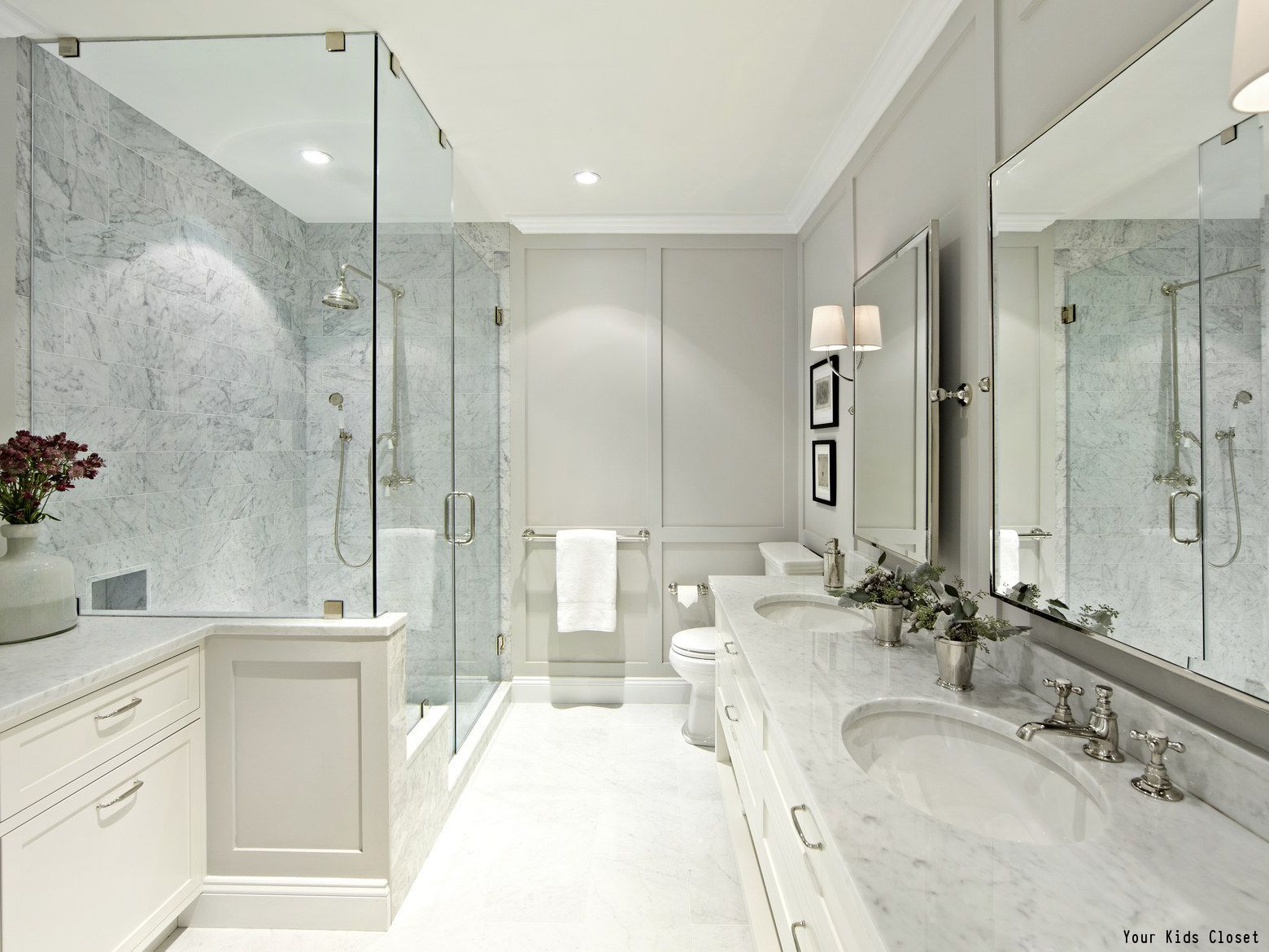 The Only Things Sleeker Than This Gorgeous Shower In This Bathroom