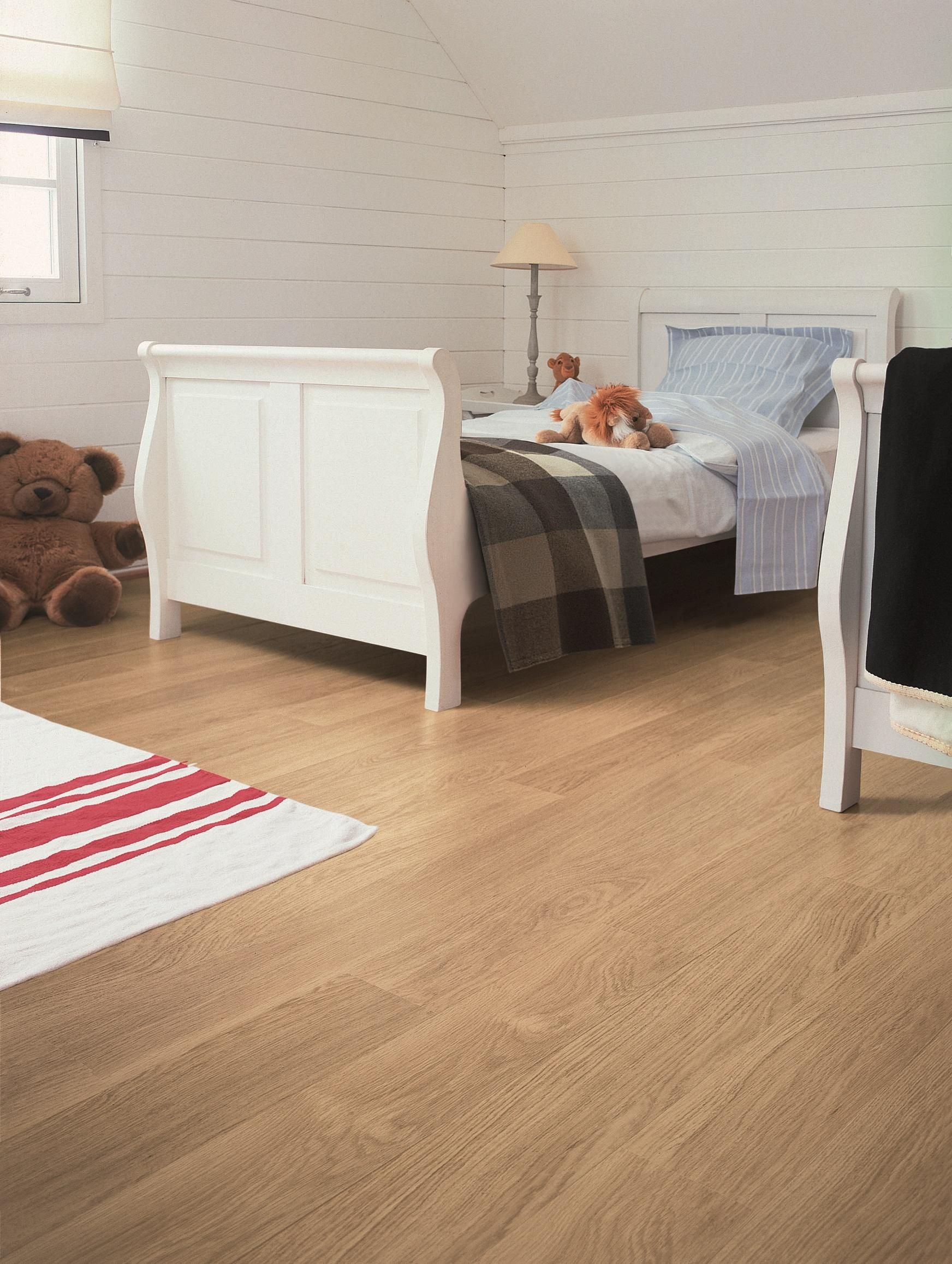 Quickstep Eligna Oak (With images) Oak laminate flooring