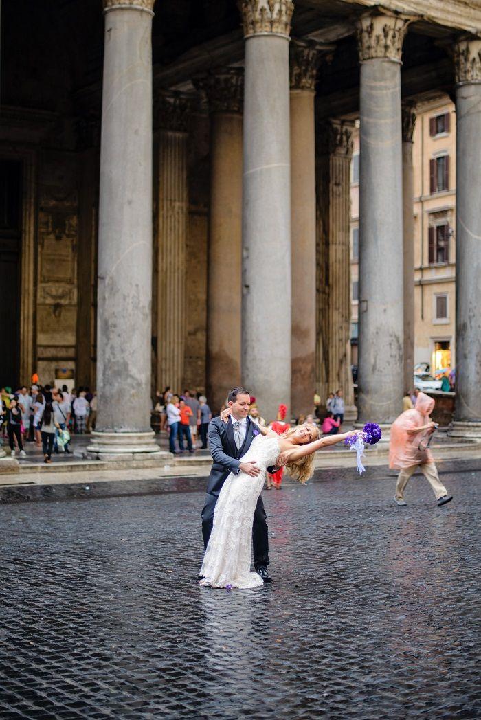 Bride and groom photo shoot | Romantic Rome Garden wedding | Fab Mood