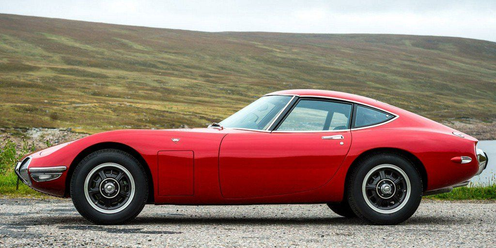 "Road & Track on Twitter: ""The Nicest Toyota 2000GT in the UK Has a Mysterious Bullet Hole in the Door https://t.co/bg4ACcmAaA https://t.co/O39UK9ADZz"""
