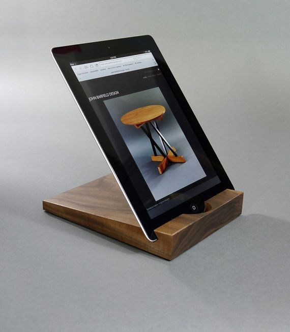 ipad stand walnut ipad stand gift ideas holz k che. Black Bedroom Furniture Sets. Home Design Ideas
