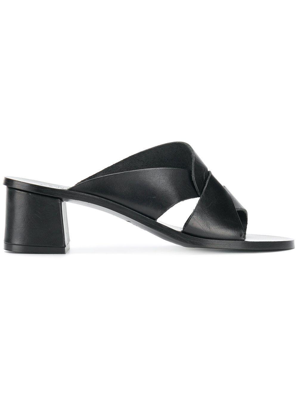 Ala?a Exotic Leathers Sandals Amazon Cheap Online Buy Cheap Websites isU3N6AwHf