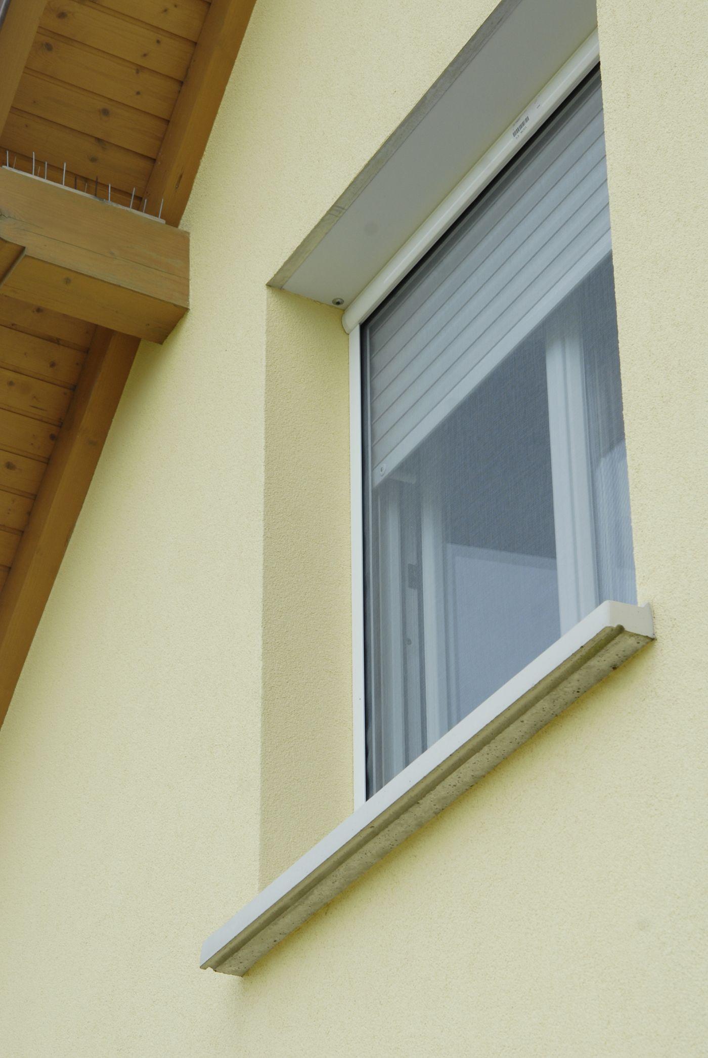 Les Moustiquaires Soprofen Une Protection Optimale Moustiquaire Moustiquaire Enroulable Renovation Maison