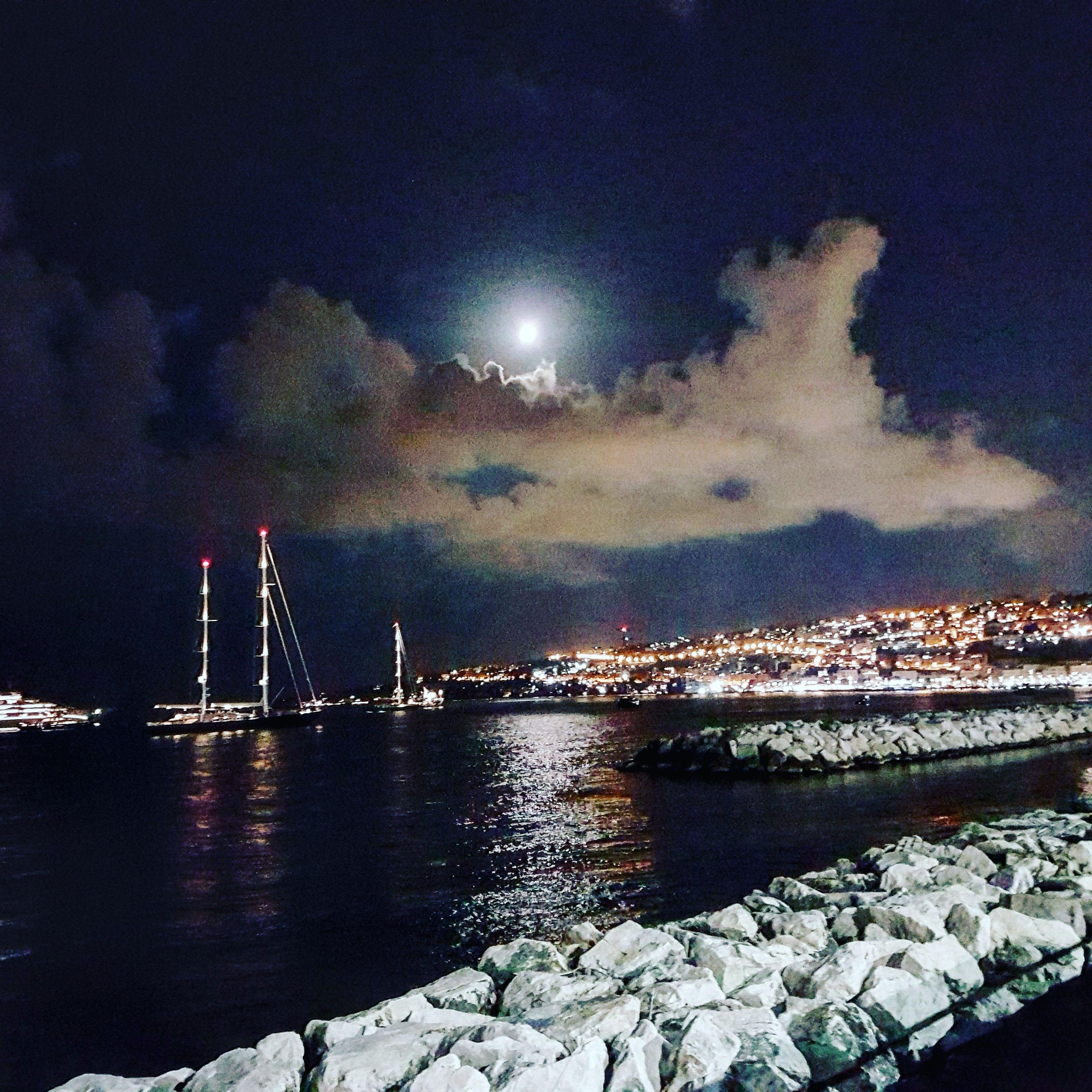 Mergellina Di Notte Sfondi Sfondo Iphone Instagram