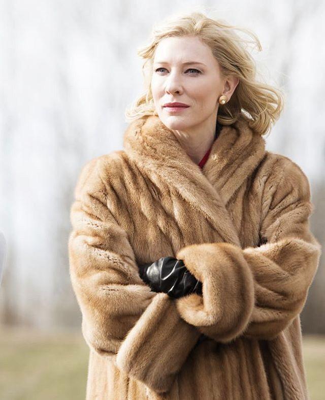 毛皮に身を包むケイト・ブランシェット