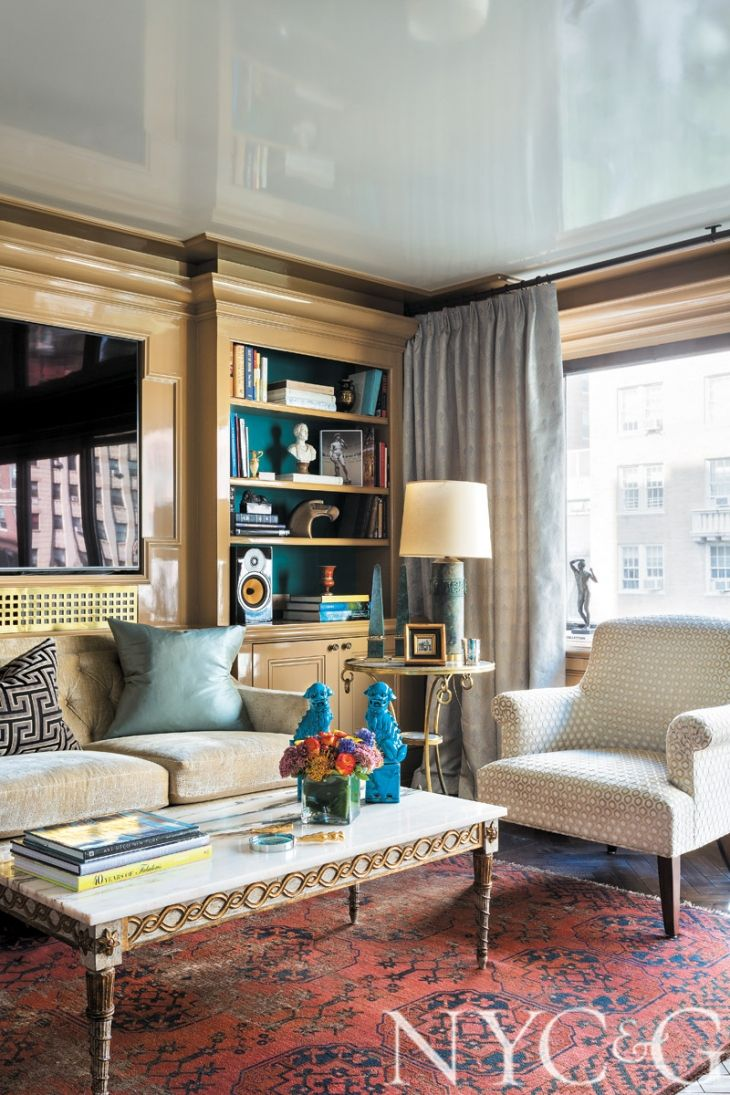 Tour a Striking Carnegie Hill Apartment Doused in High-Gloss Color ...