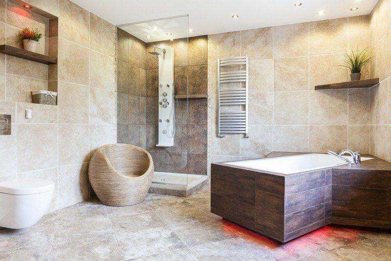 Image salle de bain -lu0027ambiance naturelle su0027invite dans la salle - salle de bain carrelee