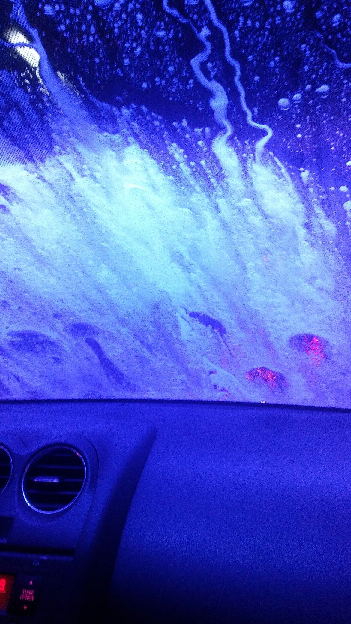 I tried to do an aesthetic at the carwash earlier car