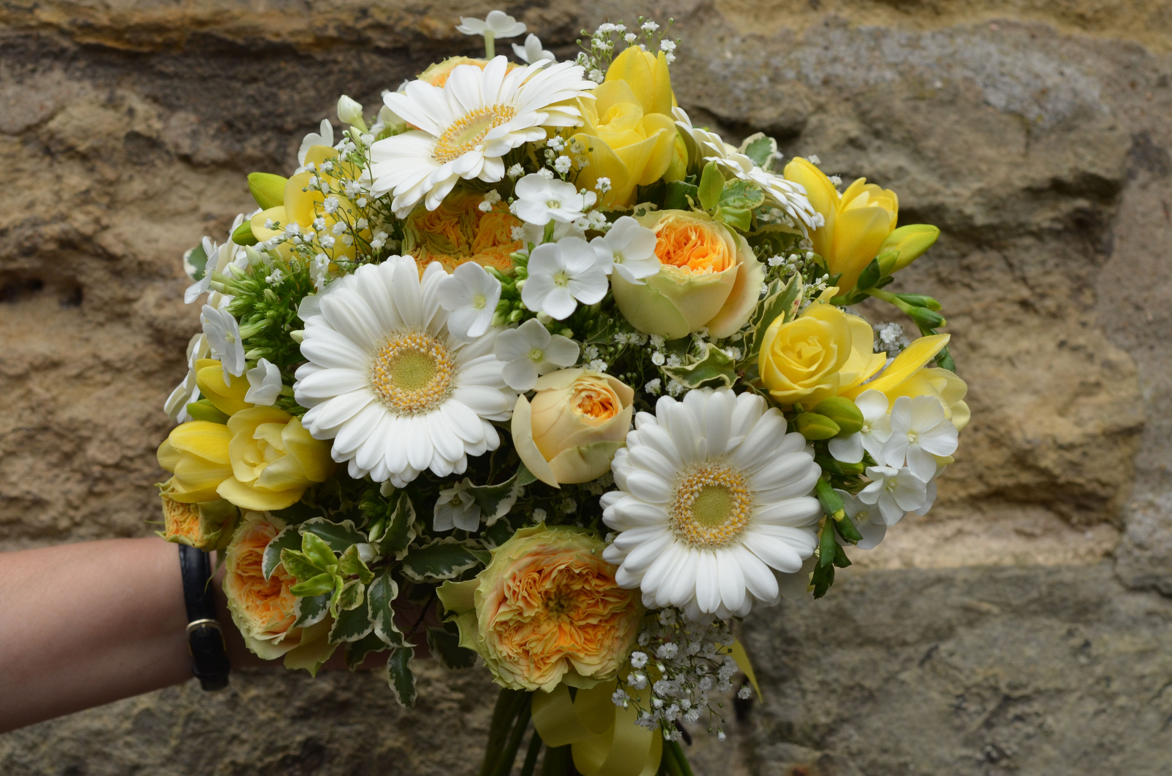 Pretty Yellow Spray Roses And Summer Flowers Flowers Pinterest
