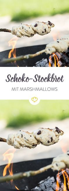 Grill-Dessert: Stockbrot mit Marshmallows und Schokolade #marshmallows
