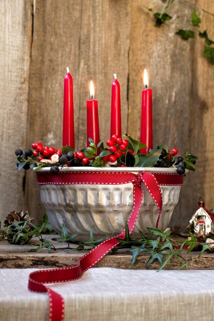 Adventkranz in Gugelhupfform (Bild: Michaela Gabler) #rustikaleweihnachtentischdeko