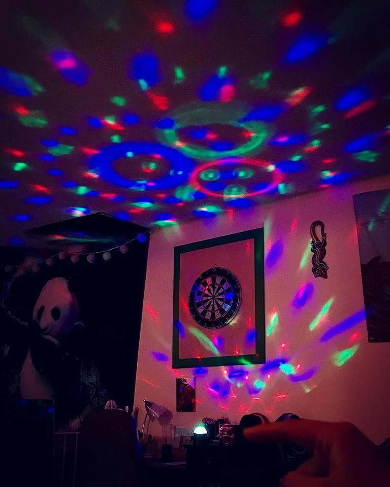 Instant Party Light Projector 5 Led Disco Lamp With Remote