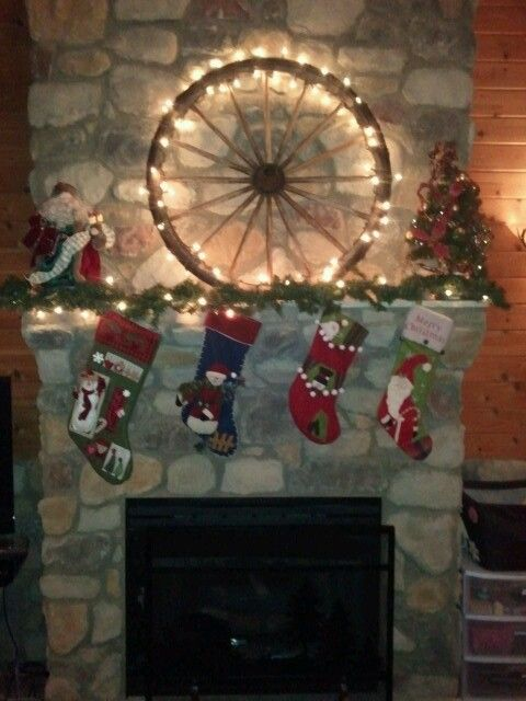 Wagon Wheel Display On Fireplace Mantle Without Lights