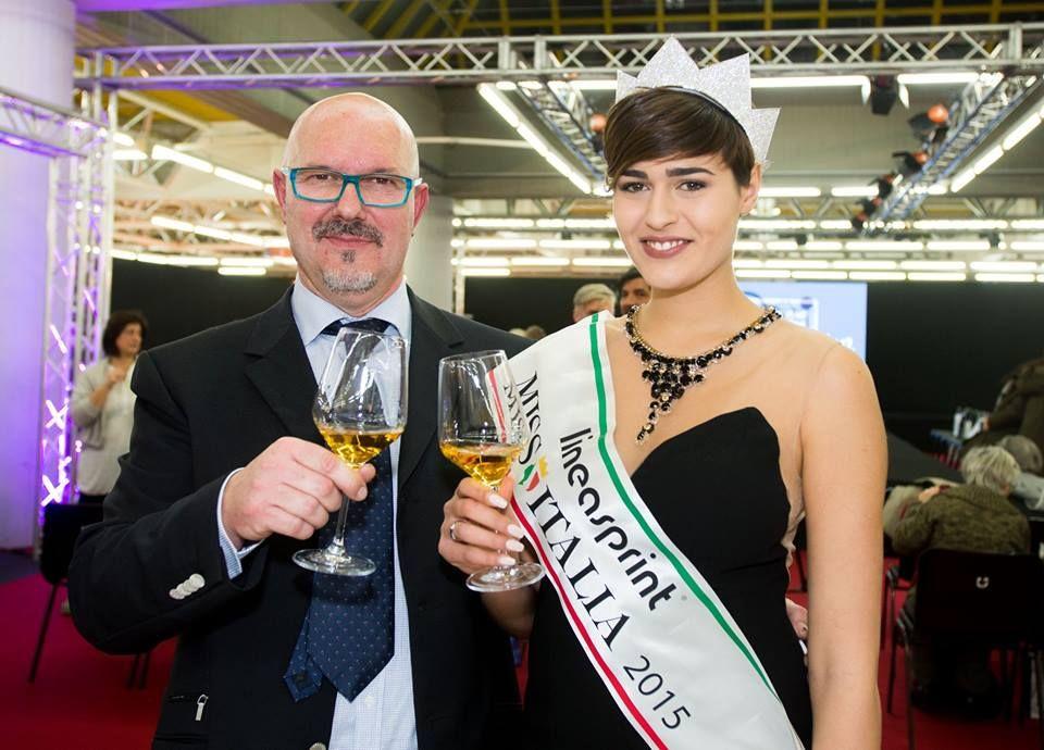 #intervista #missitalia #alicesabatiniinterview #smodatamenteintervistamissitalia2015 http://www.smodatamente.it/2016/01/11/intervista-alice-sabatini-miss-italia-2015/