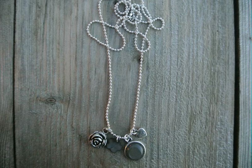 Ball chain neckless € 16,95  www.debs-store.com