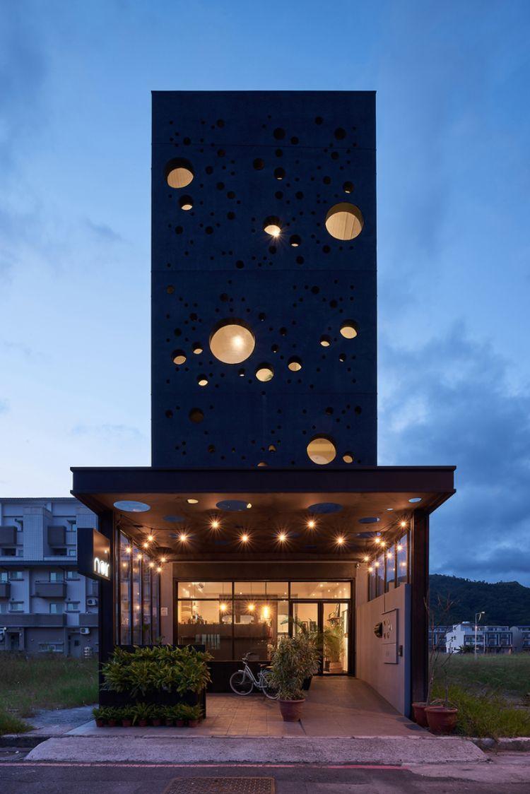 Schwarze Fassade Modern Gestalten Das Onyx Lit Haus In Taiwan