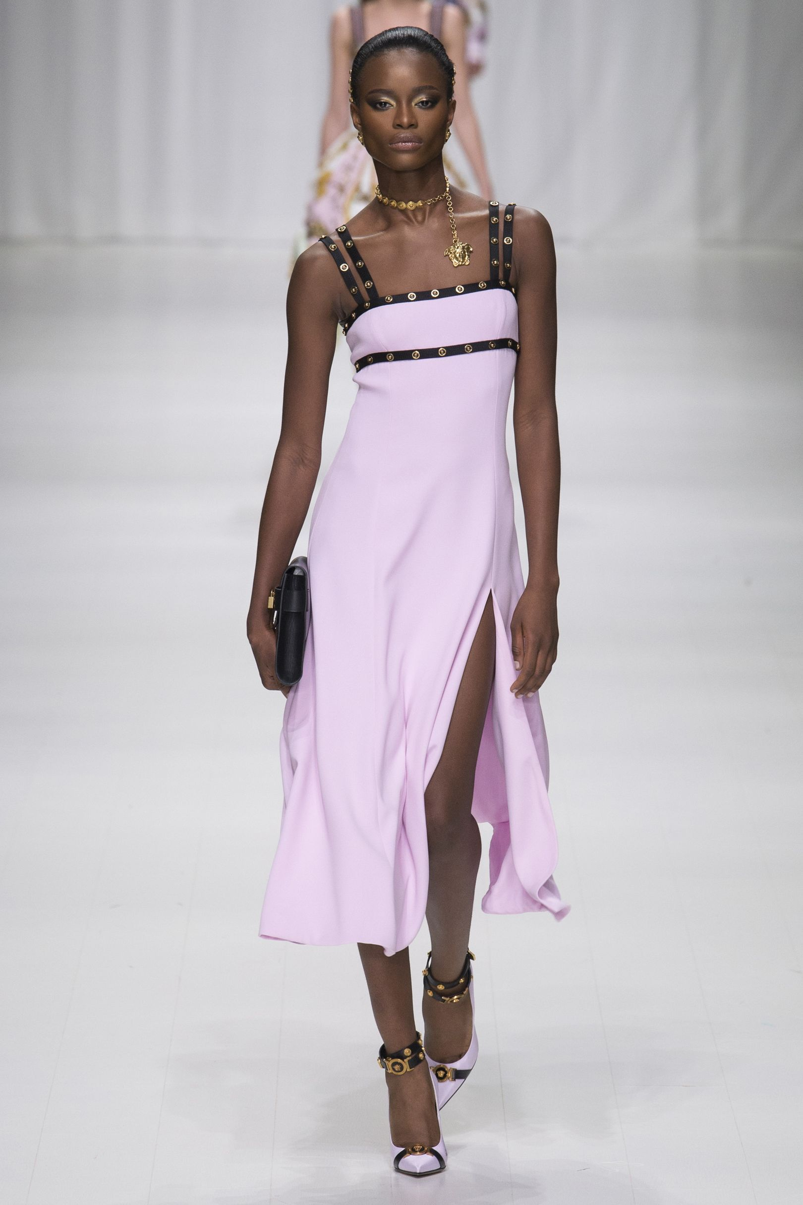 Pink dress to wear to a wedding  Versace SpringSummer  Ready To Wear  Versace Pastel pink and