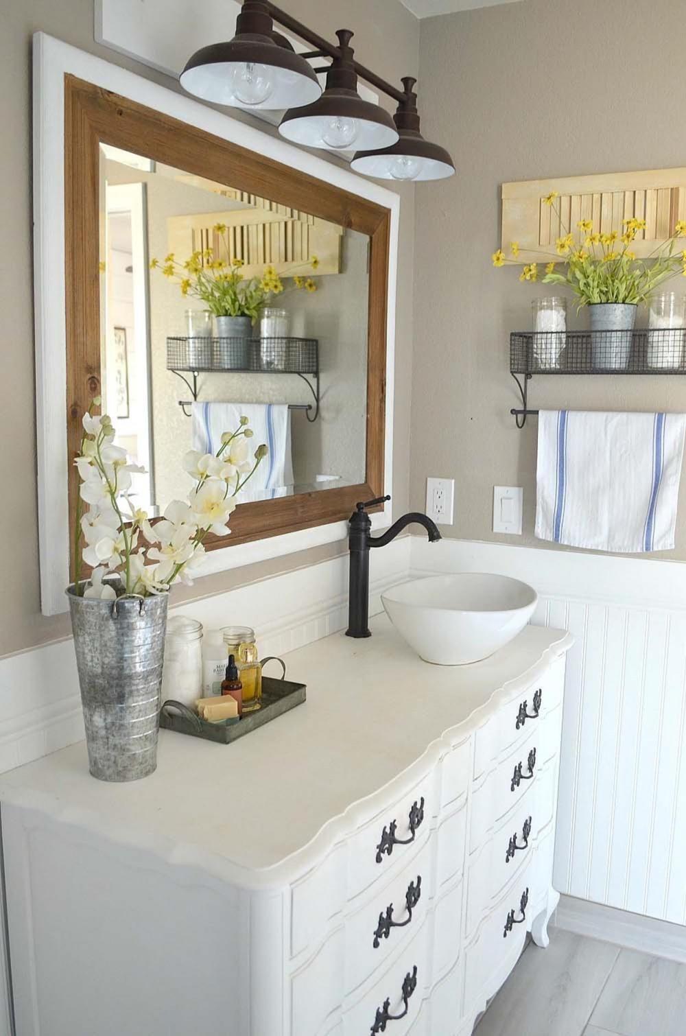26 Charming Farmhouse Bathroom Accessories Ideas | Pinterest ...