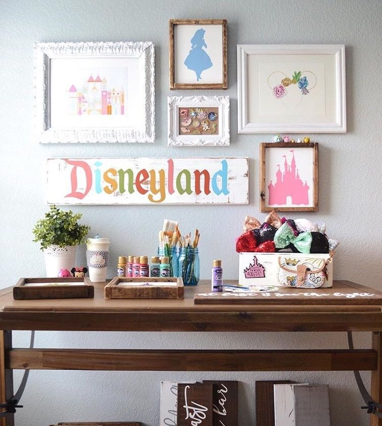 Disney gallery wall | Home | Disney bedrooms, Disney home ...