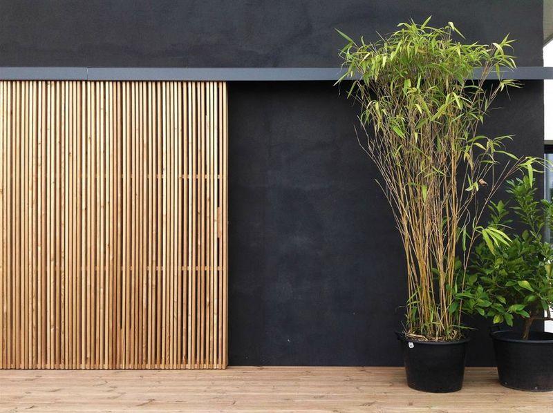 744136 vue exterieure design et contemporaine facade et enduit noir dandicole pinterest. Black Bedroom Furniture Sets. Home Design Ideas
