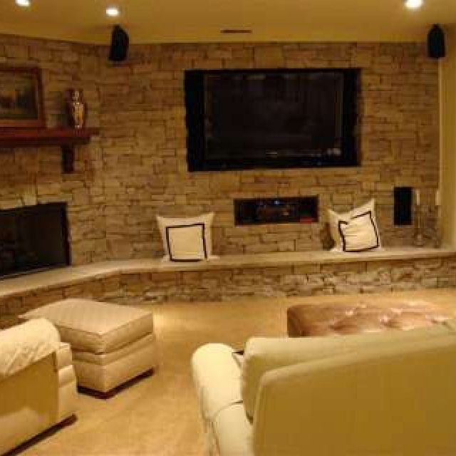 Perfect Combination Of Tv And Fireplace. Love This Cozy