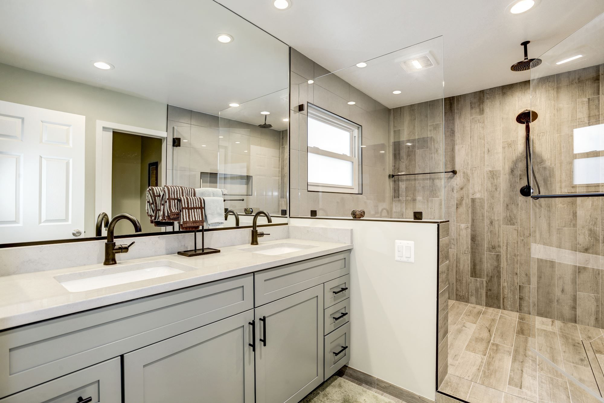 You Think You Need To Move For That More Spacious Updated Master Bathroom No True Remodel You In 2020 Cool House Designs Master Bath Remodel Master Bathroom Shower