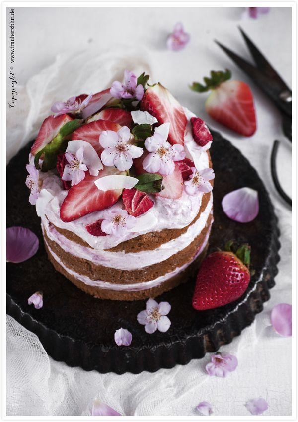 Der Feine Kleine Aber Entscheidende Unterschied Erdbeer Kokos Torte Cake Desserts Desserts Cake